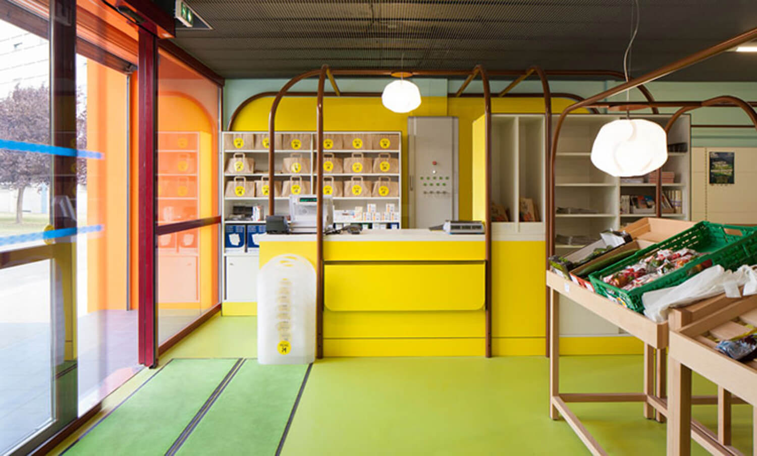mini-M-grocery-shop-by-Matali-Crasset-Praline-Toulouse-France